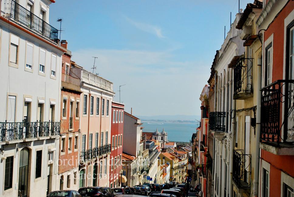 Отзыв Орджоникидзе о путешествии в Лиссабон Португалия самостоятельно осенью отдых Орджо
